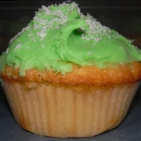 Coconut cupcakes with pandan sago pudding filling and pandan buttercream recipe